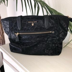 Michael Kors Medium Kelsey Tote Jacquard Black